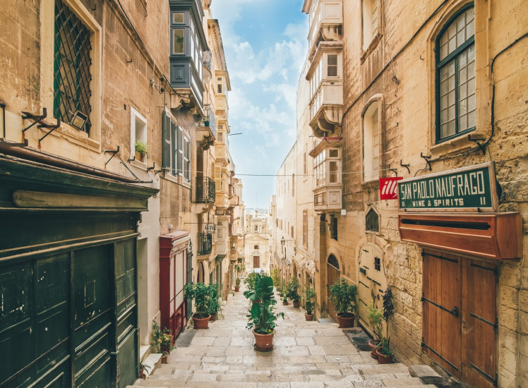 Туристическая страховка на Мальту
