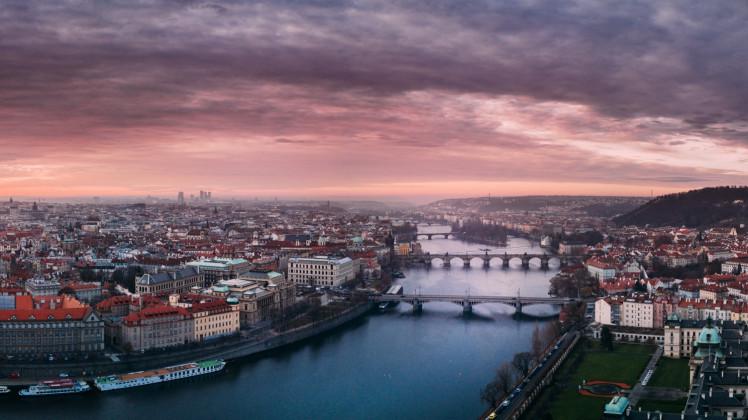 Туристическая страховка в Прагу