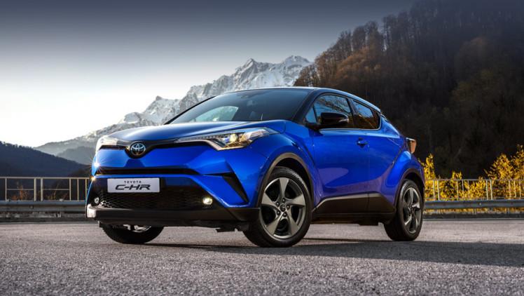 Тойота предлагает машины с коммуникаторами